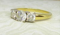 Antique Guest and Philips - Diamond Set, Yellow Gold - Three Stone Ring