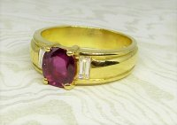 Antique Guest and Philips - Yellow Gold and Ruby - Single Stone Ring