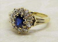 Antique Guest and Philips - 1.00ct Sapphire Set, Yellow Gold - Cluster Ring