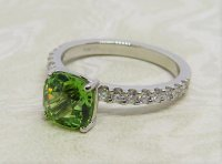 Antique Guest and Philips - Platinum and -Tsavorite Single Stone Ring