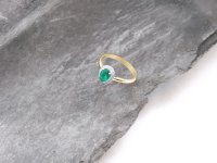 Lesley Donn - Emerald 0.19ct Diamond 0.15ct Set, White Gold - - 9ct Round Brilliant Cut HET Ring
