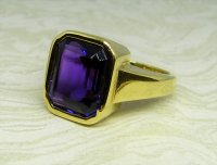 Antique Guest and Philips - Yellow Gold and Amethyst Set Single Stone Ring