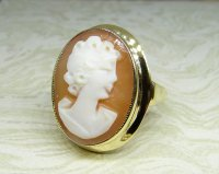 Antique Guest and Philips - Yellow Gold Cameo Ring