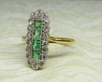 Antique Guest and Philips - Yellow and White Gold Emerald Set Cluster Ring