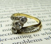 Antique Guest and Philips - 18ct Yellow Gold and Platinum Diamond Set 3 Stone Milligrain Ring