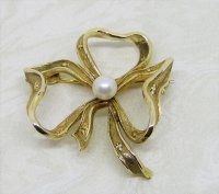 Antique Guest and Philips - Yellow Gold Bow Brooch