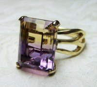 Antique Guest and Philips - Yellow Gold and Ametrine four claw single stone ring