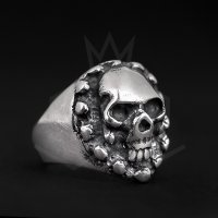 The Precious Frog - Skull, Sterling Silver - - Pirate Ring, Size S