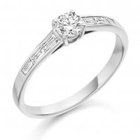 Guest and Philips - 18ct White Gold and Diamond Ring