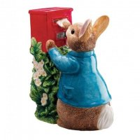Enesco - Peter Rabbit Posting a Letter Figurine