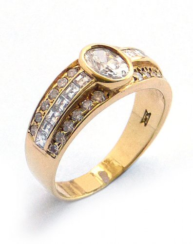 Solitaire Diamond Ring with Heavy Diamond Set Shoulders in 18ct. Yellow Gold