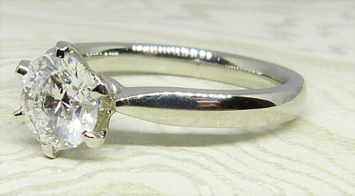 Antique Guest and Philips - Platinum and Diamond - Single Stone Ring
