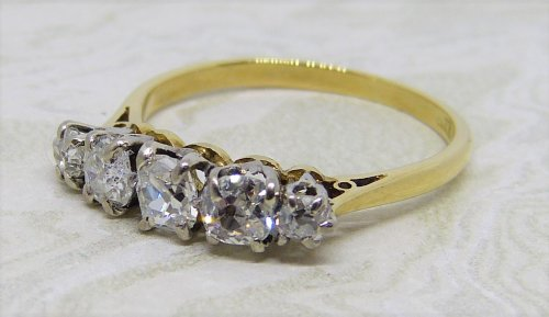 Antique Guest and Philips - 0.75ct Diamond Set, Yellow Gold - Platinum - Five Stone Ring