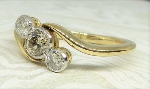 Antique Guest and Philips - Yellow Gold and Diamond - Three Stone Twist Ring