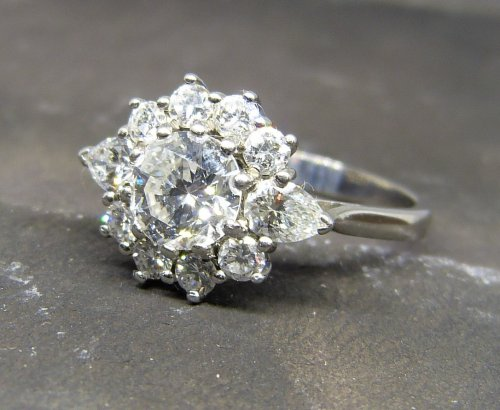 Antique Guest and Philips -  Diamond Set, White Gold - Cluster Ring