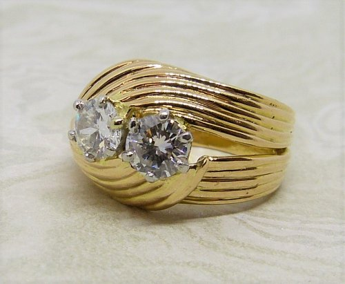 Antique Guest and Philips - Diamond Set, Yellow Gold - Two Stone Ring