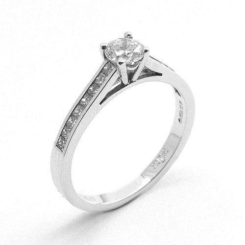 Diamond Solitaire Ring with Diamond Set Shoulders in Platinum